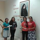 Jovenes ganadoras en el concurso de Canto