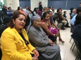 Su madre, hermana, H. Refugio y Esthela (MOLAVIM) acompañan a Gaby en este acontecimiento tan importante de su vida